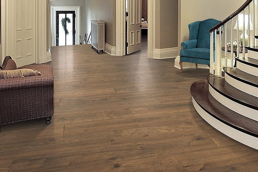 lamninate flooring vs luxury vinyl flooring